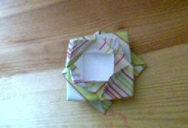 My gift bow in striped paper